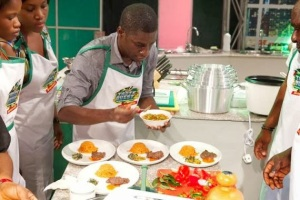 Moses plating for Team Tola